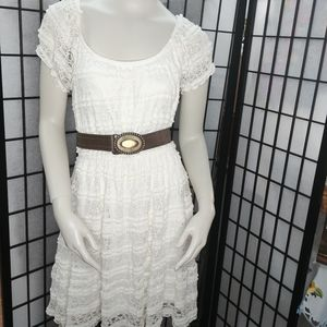 Trixxi lace white pull over country chic dress